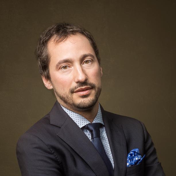 Dr. David Nagore