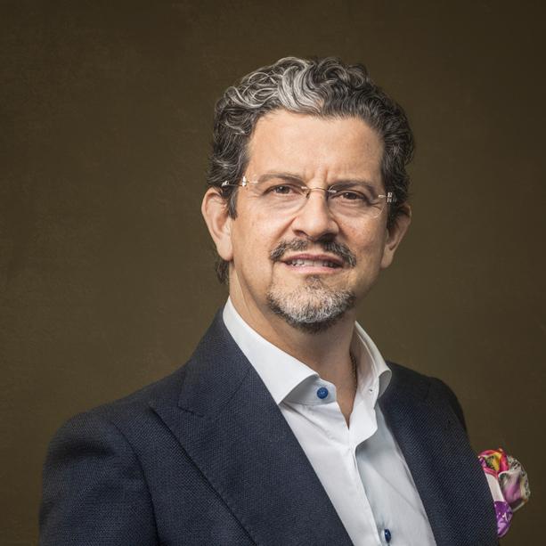 Dr. Felipe Rivas